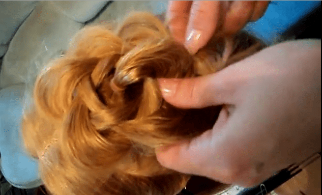 плетение косичек- цветочек