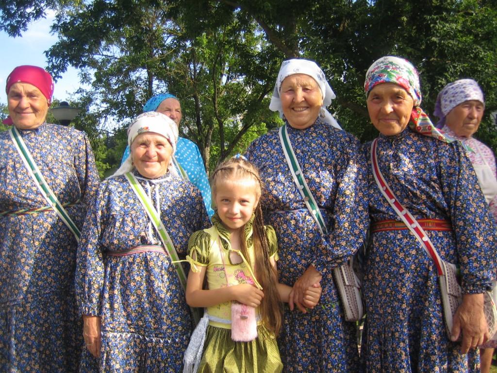 Витебск, Славянский базар начался, Бурановские бабушки на фестивале.